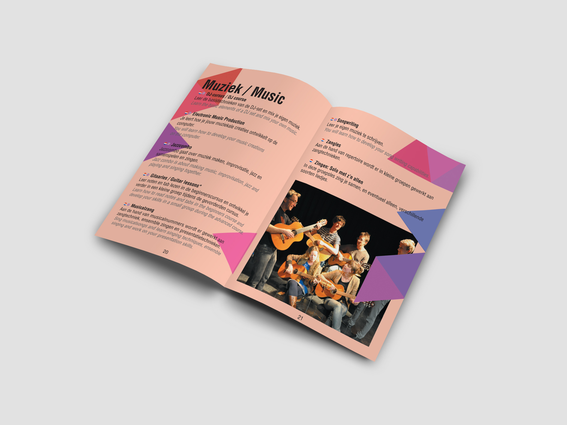 USVA COURSES Brochure by Javi Olalla - Creative Work - $i