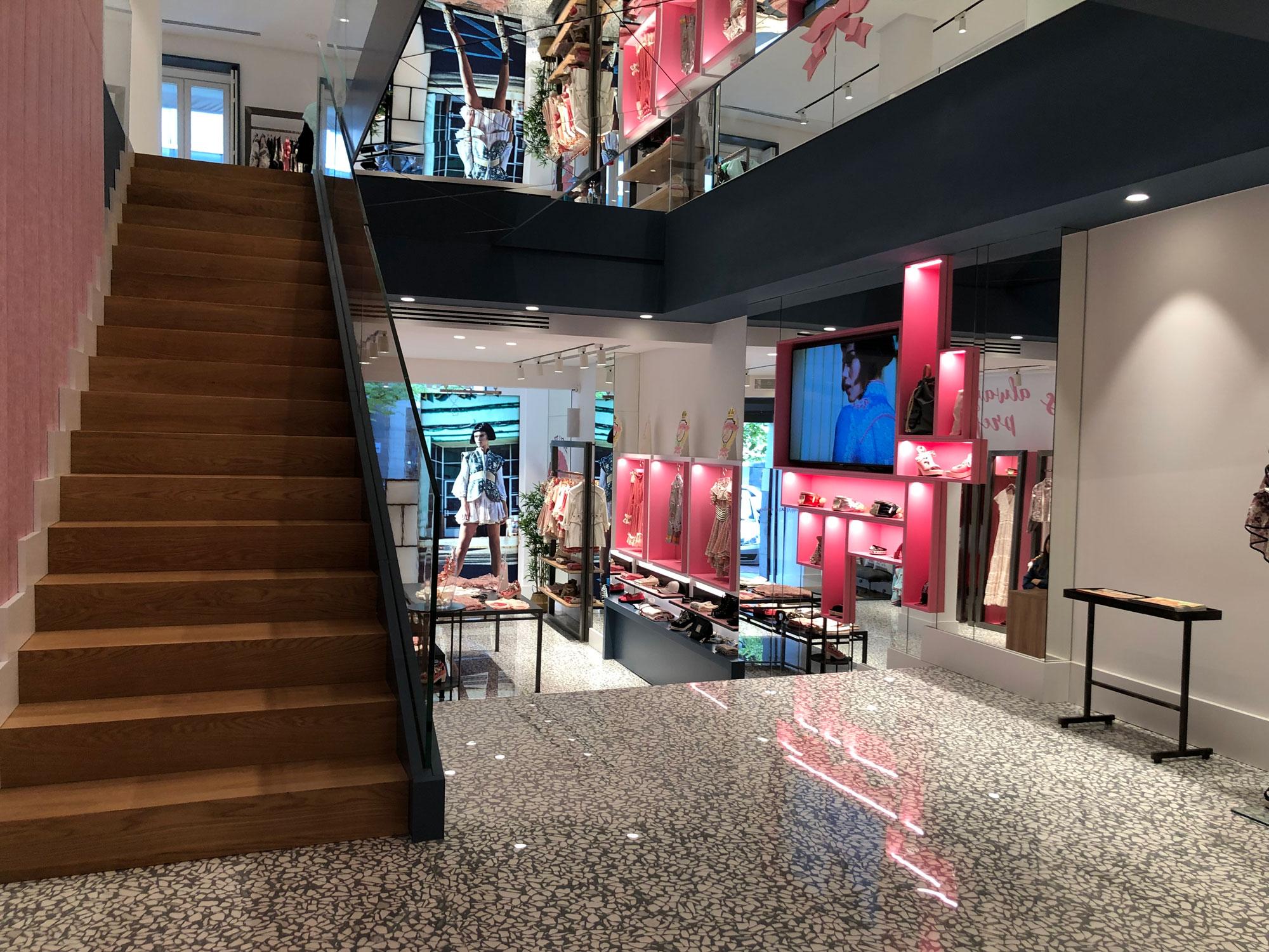Diseño de la flagship store de Highly Preppy en Madrid by Code Studio - Creative Work