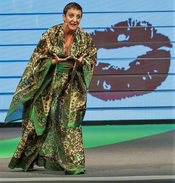 "Vestido Kimono ""Welcome to Paradise"" by Natacha Arranz del Rey - Creative Work"