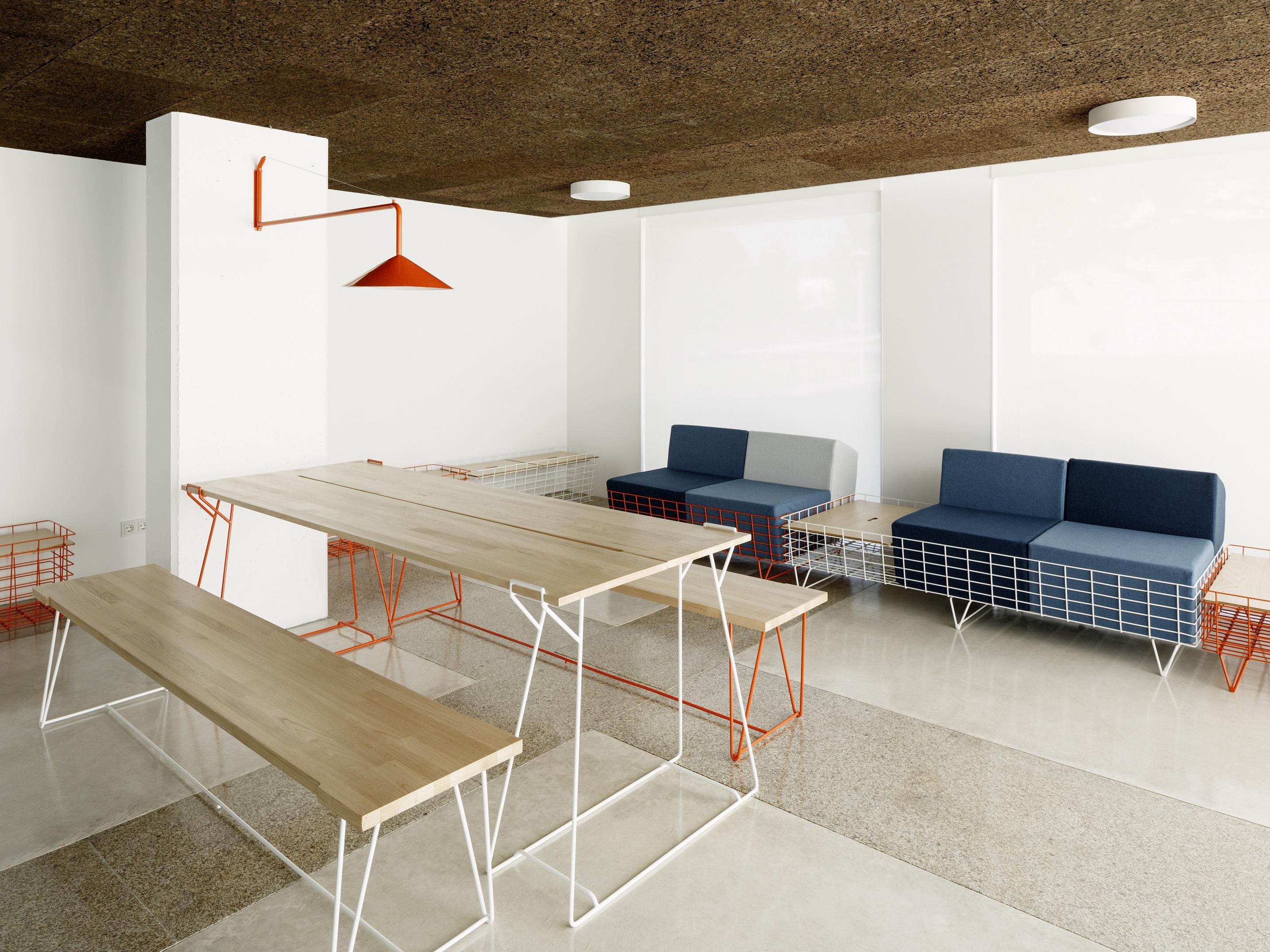 Sistema de mobiliario 13Rosas  by Cenlitrosmetrocadrado - Creative Work - $i