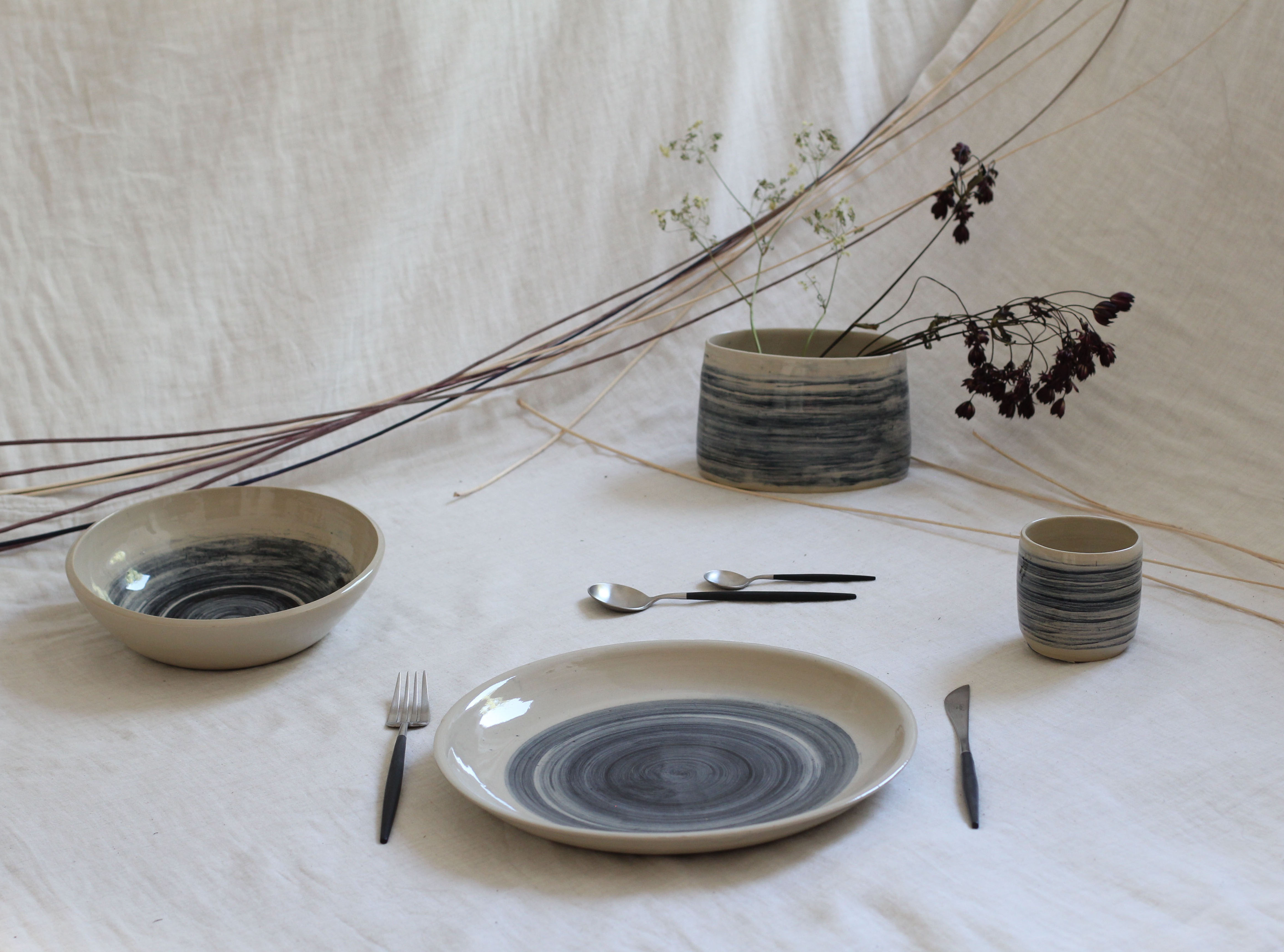 Tableware service with hand painted brush strokes by Daniela Franz - Creative Work